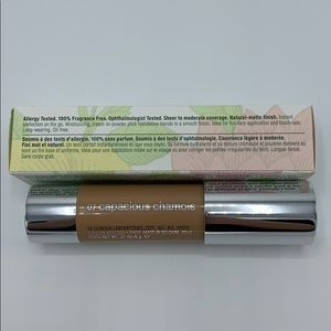 Clinique Makeup - Clinique Chubby in the nude foundation stick